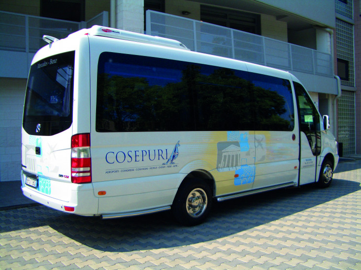 Minibus 16 seats