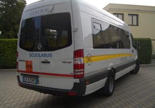 Bus 32 seats